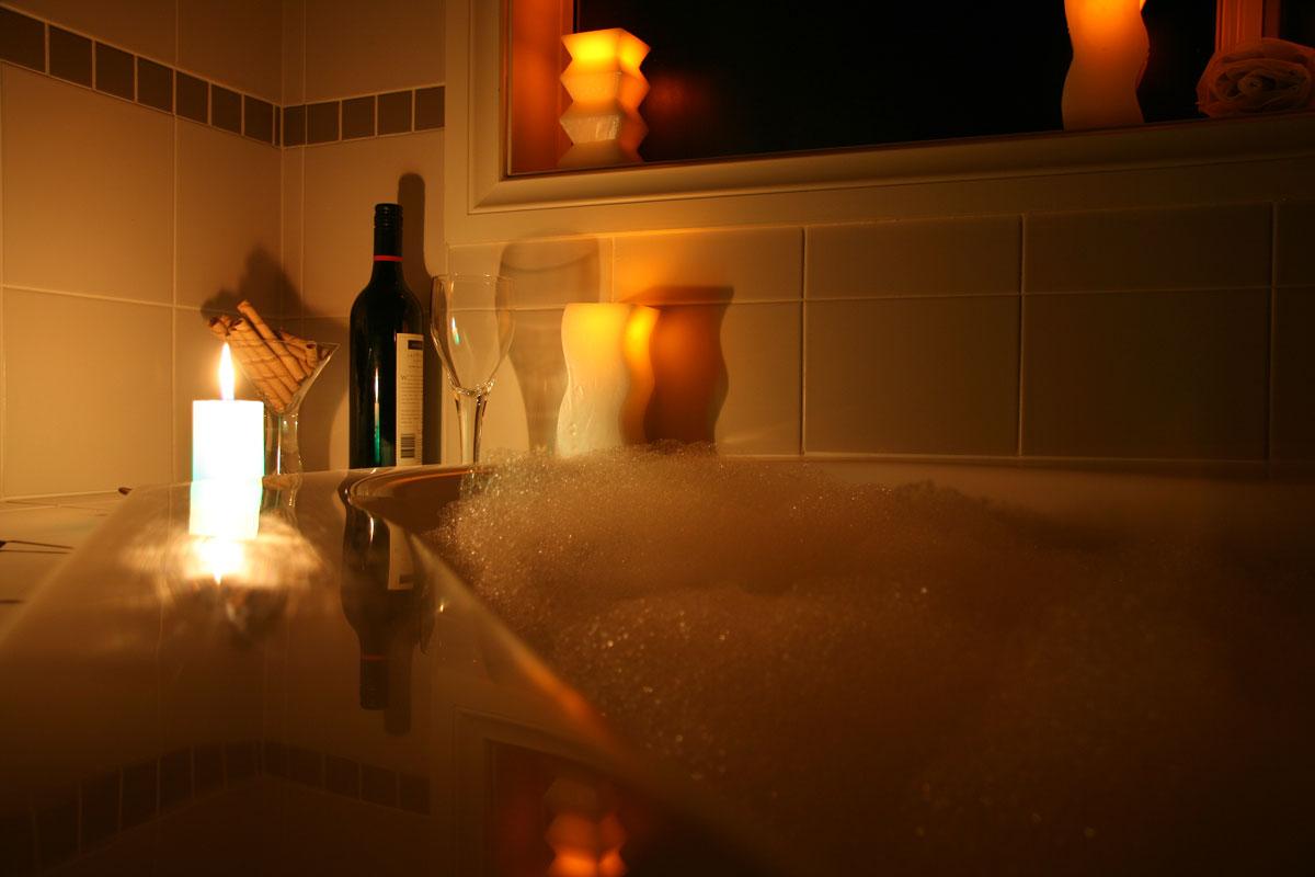 Картинка ванной со свечами
